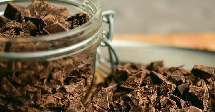 El efecto saciante del chocolate negro