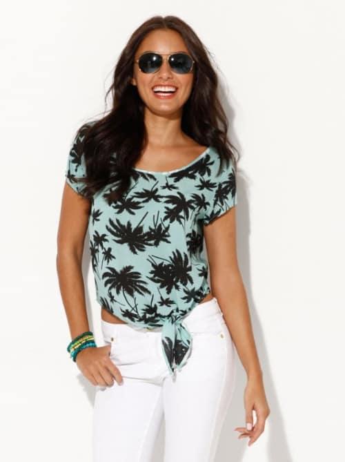 Blusa con estampado de palmeras