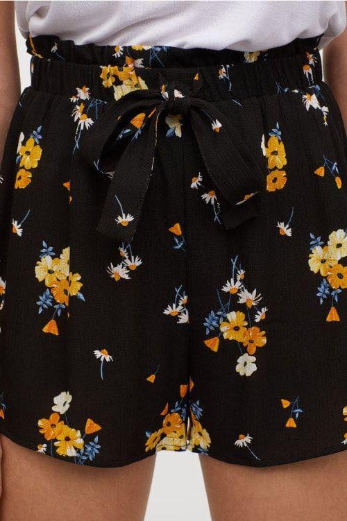Pantalones cortos con estampado floral