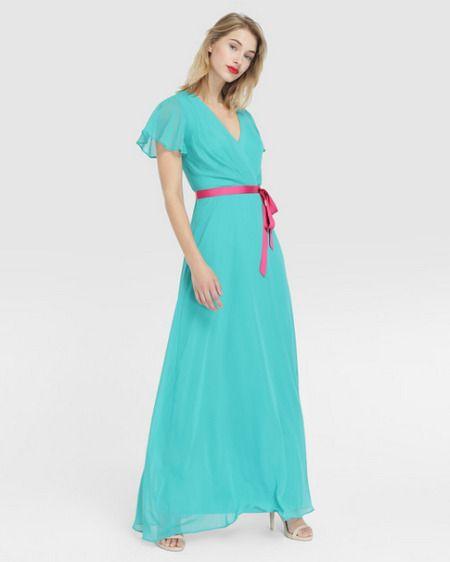 Vestido largo con escote pico