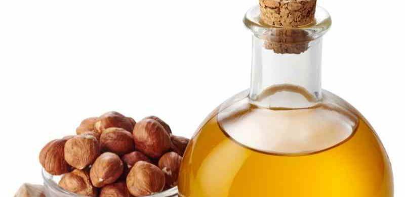 Aceite de avellana: beneficios, propiedades y usos
