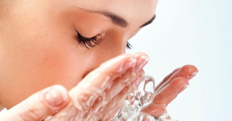 ¿Cómo desmaquillar la piel fácilmente?