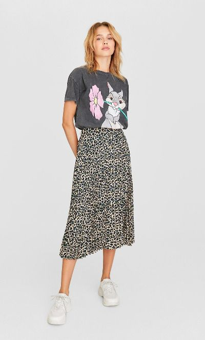 Falda midi con print animal