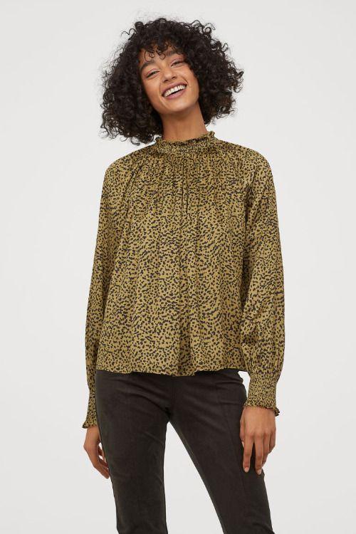 Blusa de manga larga con cuello de volantes y estampado de leopardo de H&M