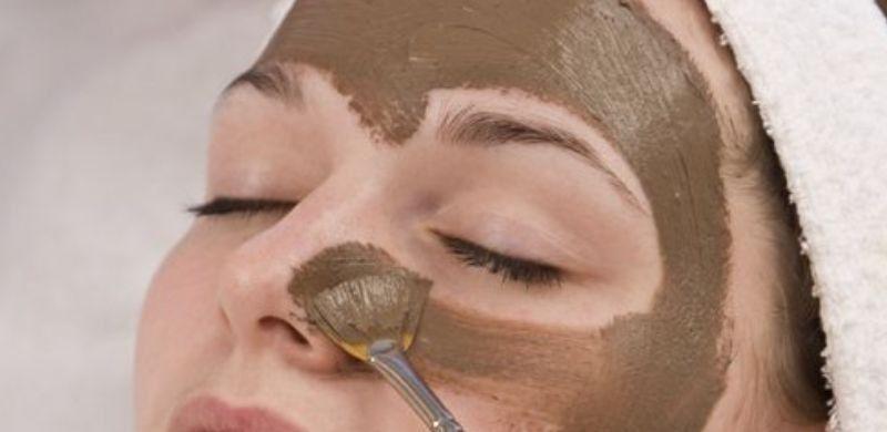 Cuáles son los beneficios del barro para la piel
