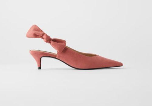 Zapato destalonado con lazo de Zara