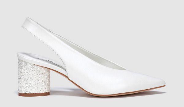 Zapatos blancos con tacón de purpurina de Gloria Ortiz