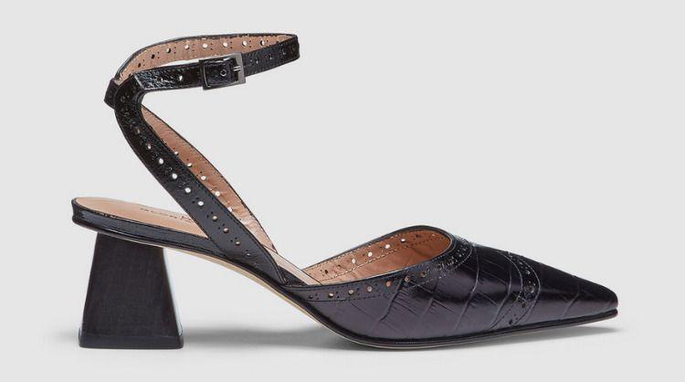 Zapatos de tacón bajo con pulsera al tobillo de Gloria Ortiz