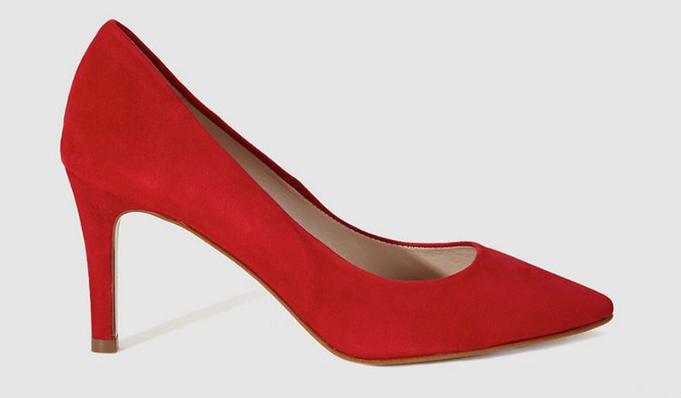Zapatos de tacón rojos de Gloria Ortiz