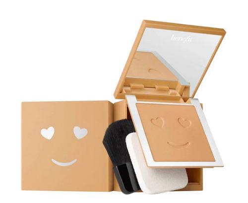 Hello Happy Base de Maquillaje Aterciopelada en Polvo