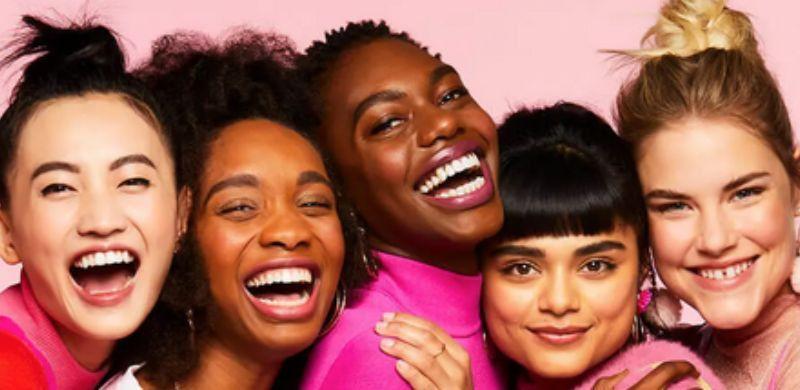 Las bases de maquillaje Hello Happy Benefit