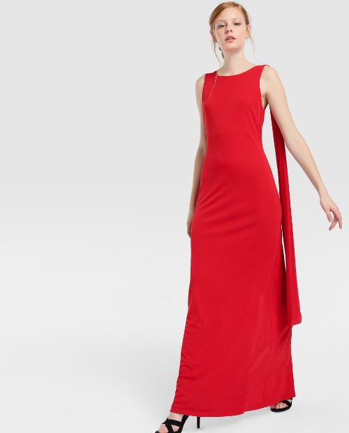 Vestido rojo ajustado de tirantes