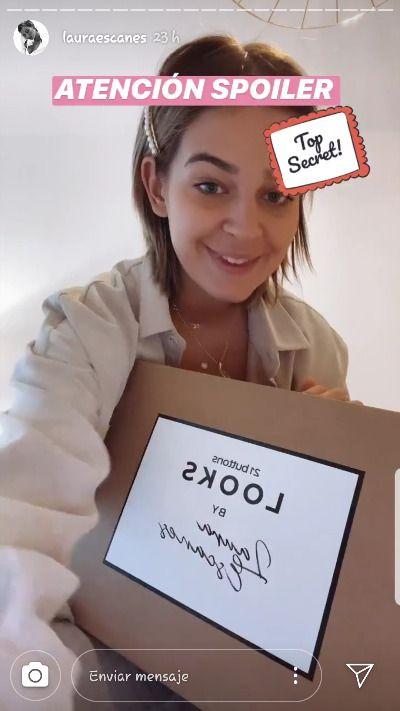 caja de 21 Buttons de Laura Escanes