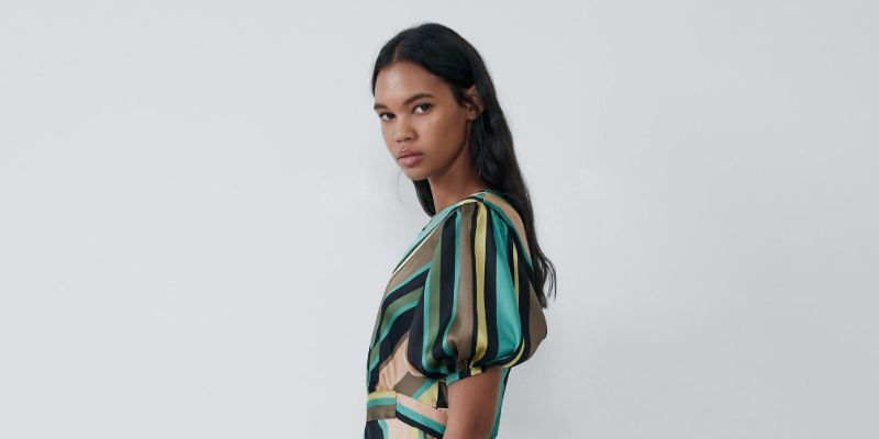 vestidos en rebajas en Zara
