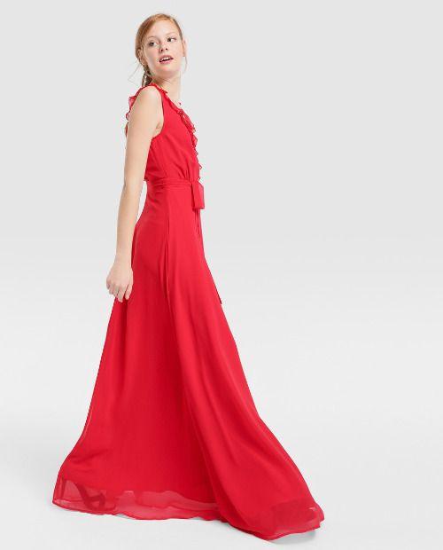 Vestido de fiesta largo rojo con volantes en el escote