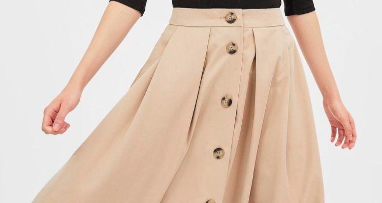 5 faldas midi con vuelo de Stradivarius para un look con estilo