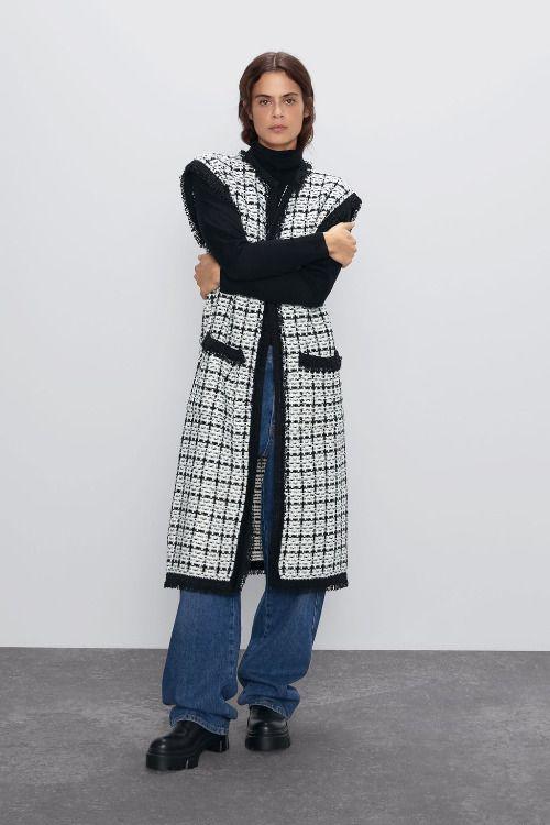 Chaleco largo de tweed de Zara