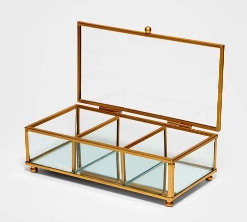 Joyero tipo caja con compartimentos de Stradivarius