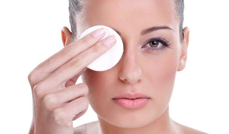 Descubre las aguas micelares de Sesderma para una piel limpia y radiante para una piel limpia y radiante
