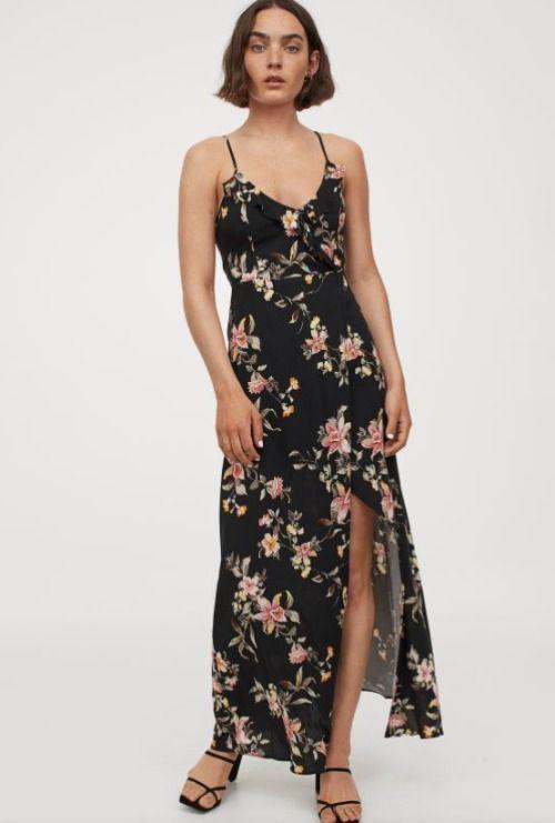 Vestido largo con estampado de flores y volantes