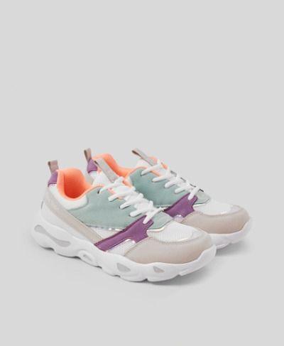 Zapatillas deportivas con mix de colores y de tejidos