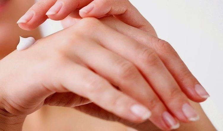 Descubre la crema de manos de Mercadona que arrasa en ventas