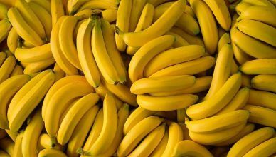 Esta es la mejor mascarilla de plátano para el pelo dañado