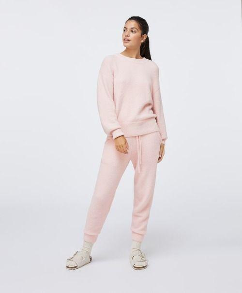 Conjunto de pelo suave en color rosa