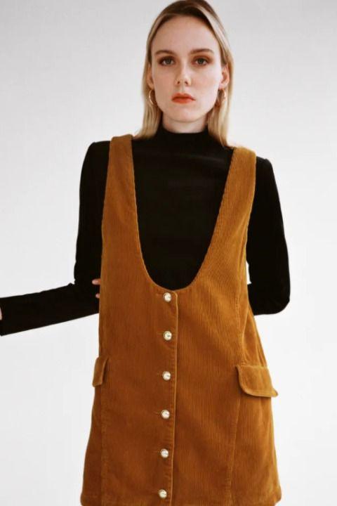 Vestido corto de pana estilo pichi
