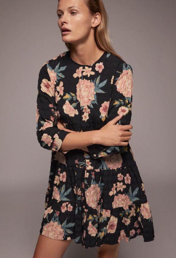 Vestidos de flores de Zara