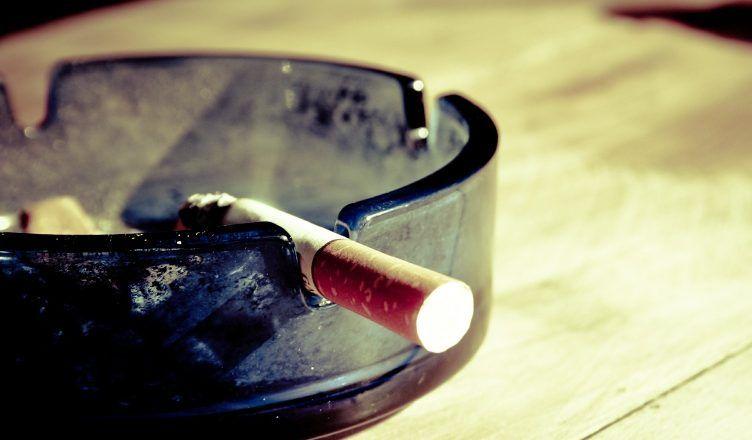 El mejor remedio casero para quitar el olor a tabaco de casa